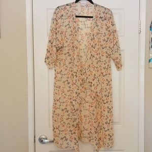 Lularoe Shirley Kimono Cream Colored Medium